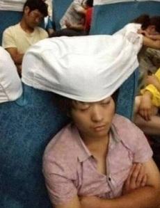 dormindo no avião