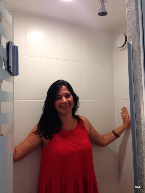 O espaço do chuveiro. A água demorou pra esquentar também.