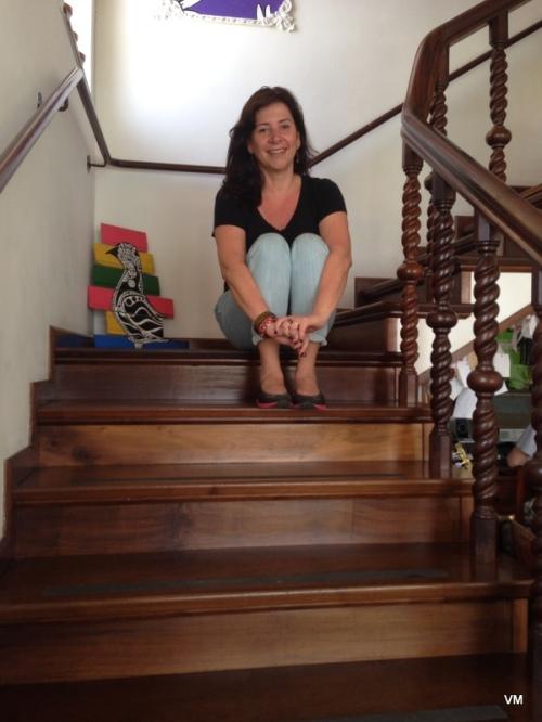 Apaixonei por essa escadaria de madeira muito linda!